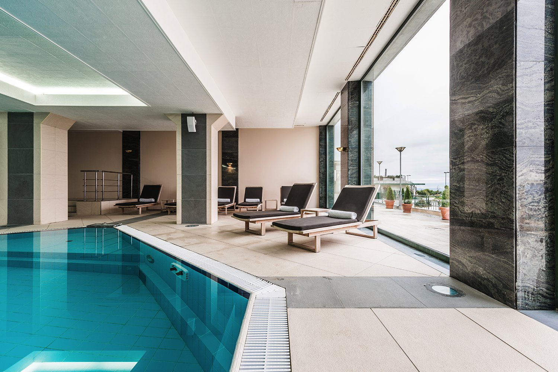 portfolio fourteen - استخر در آپارتمان